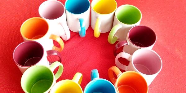 Sublima una taza con Fondo de Color